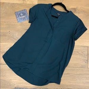 Simply Vera Wang Emerald Green Top